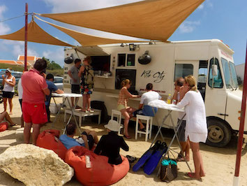kite city food truck on bonaire