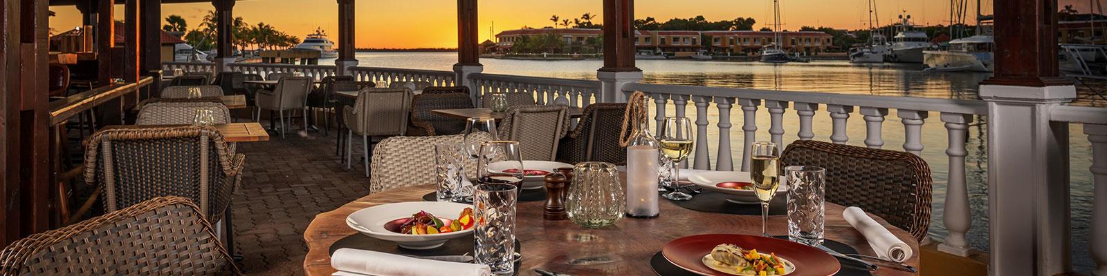 oscars-lighthouse-restaurant-bonaire-slider-5